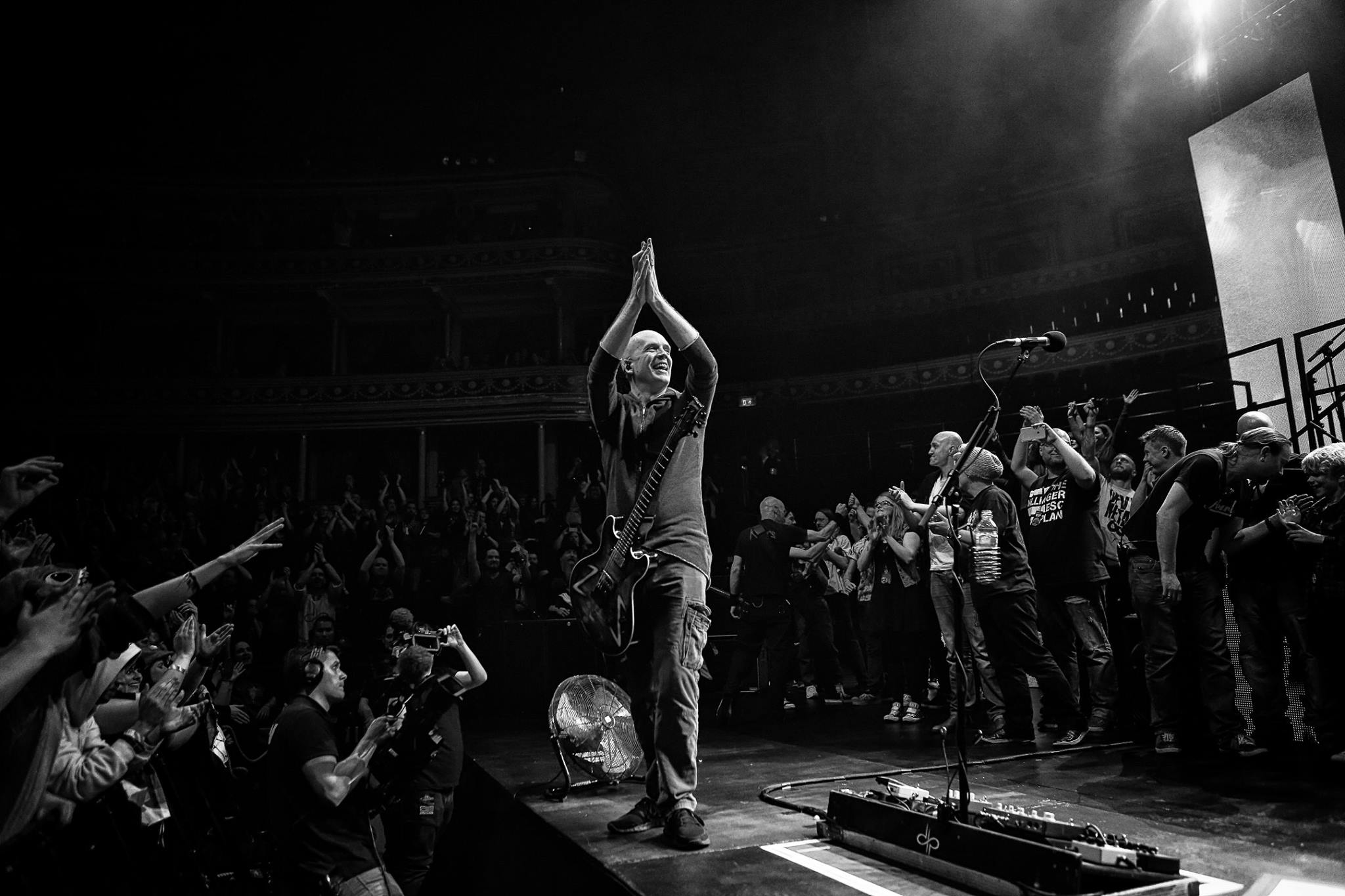 "Devin Townsend Announces ""An Evening With…"" Tour of Europe and India"