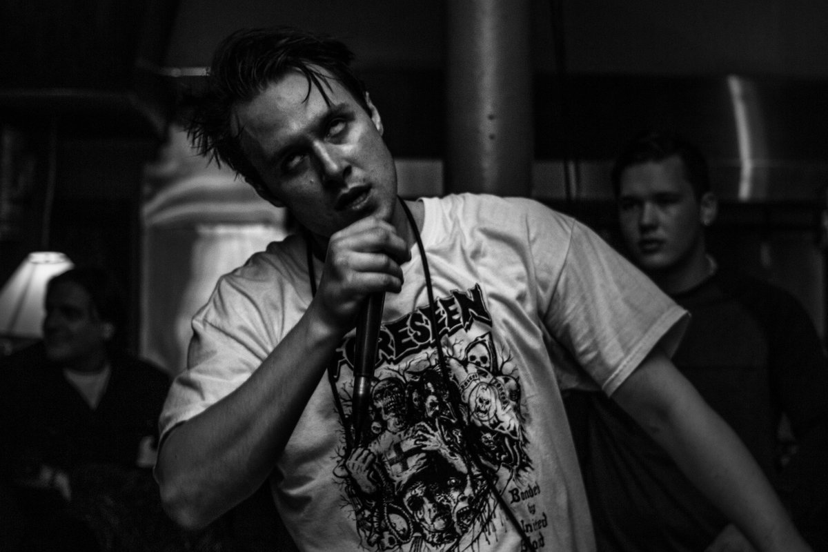 """Minors Launch Pre-Orders for """"Abject Bodies"""", Release Video for New Single"""