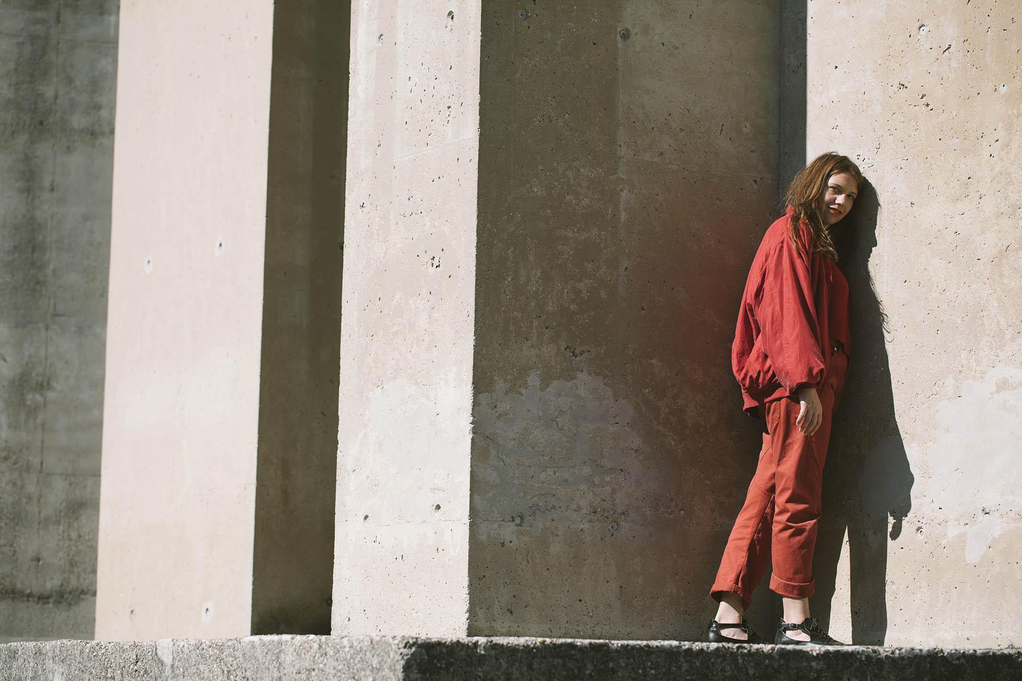 "Gina Été Enchants on Her Very Political, Yet Experimental New Single ""Mauern"""