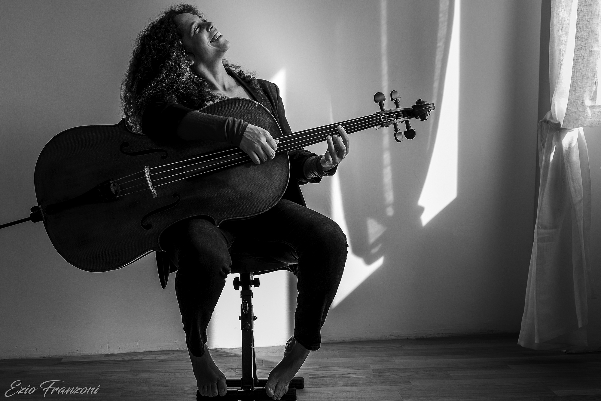 Daniela Savoldi Travels Through Space and Time with New Song and Video