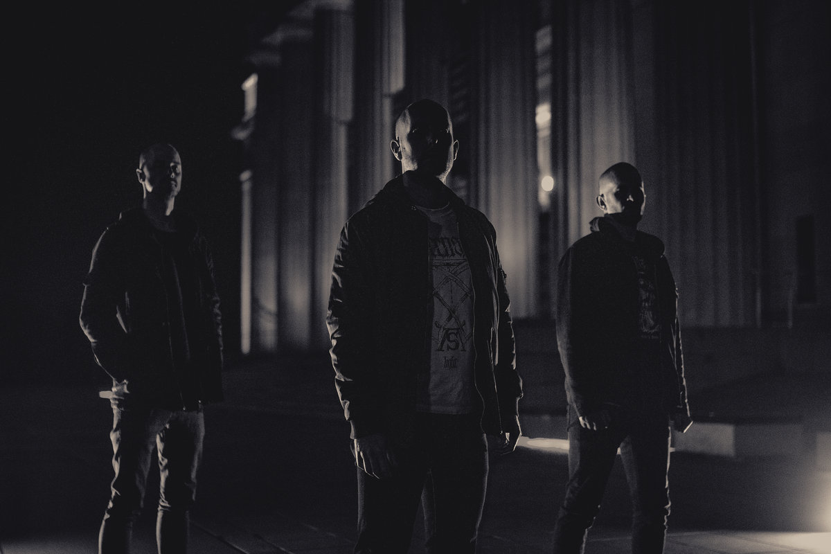 "Ulcerate Announce New Album With Crushing New Single, ""Stare Into Death and Be Still"""