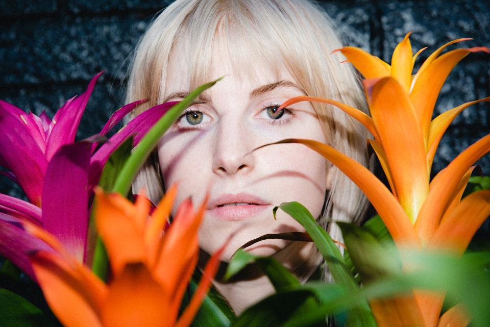 """Hayley Williams – """"Petals For Armor"""""""
