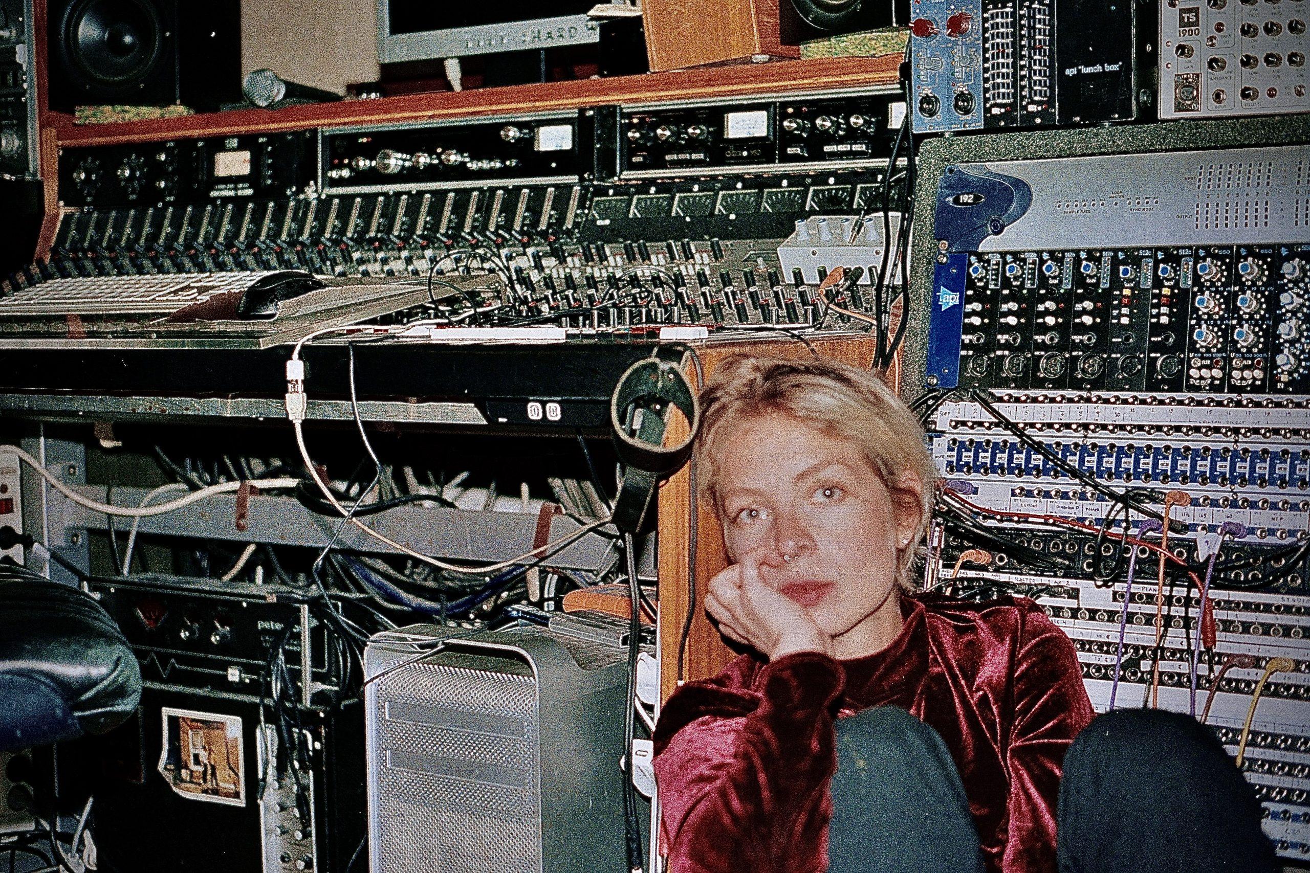 "Prepare to Lose Yourself in Josefin Runsteen's Serene Soundscapes with ""BANYAN – Scene V (Air)"""